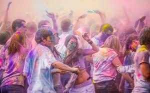 Advance Holi SMS Dance Images photos celebration couples
