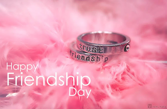 happy friendship day gift badges 2015 free download