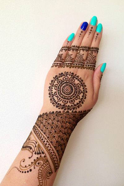 Karvachauth mehandi design attractive for unmaried girls